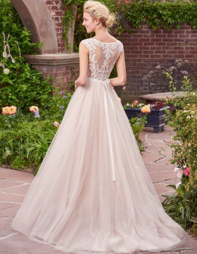 Rebecca-Ingram-Wedding-Dress-Carrie-7RS297-Back