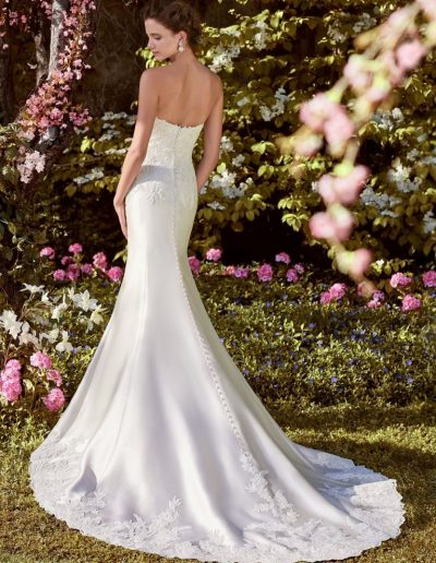 Rebecca-Ingram-Wedding-Dress-Laynie-8RS448-Back