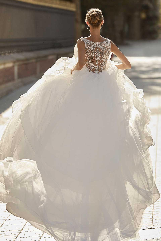 Bridal Connection San Antonio - Luna Novias